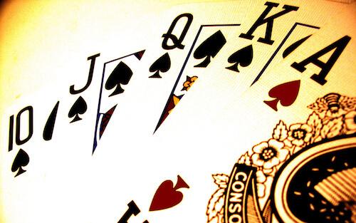 Dez presentes espetaculares para jogadores de pôquer nestas férias