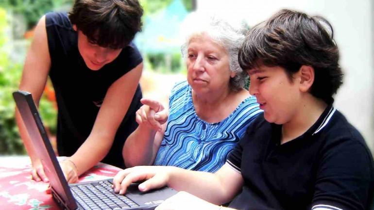 Pais analógicos e filhos digitais
