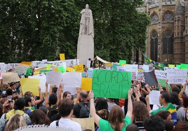 O uso da internet como estratégia de manifestação pacífica