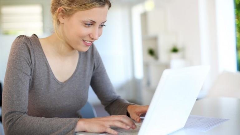 Confira a promoção de cursos online oficiais com 50% de desconto