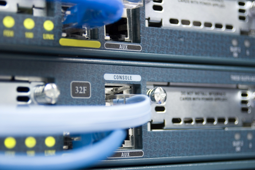 Novo exame CCNA Cisco 200-120 : Guia de estudo para obter score acima de 900 pontos