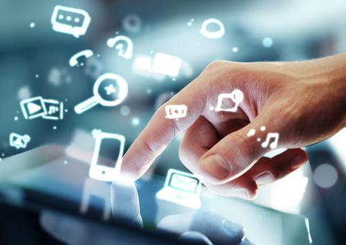 95% dos internautas brasileiros assistem TV enquanto usam internet