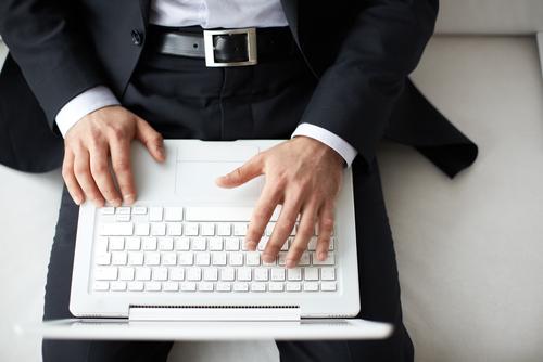Em ano difícil, analista de sistemas fatura mais de R$250 mil com cursos online