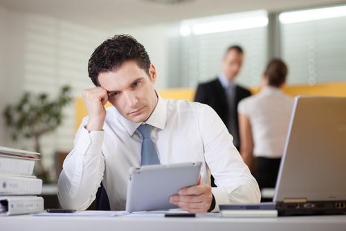 7 sinais de que um funcionário está planejando pedir demissão