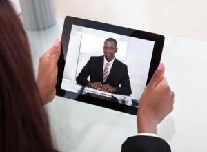 Figura - Videoconferência para entrevistas de emprego é tendência de R&S para os próximos anos