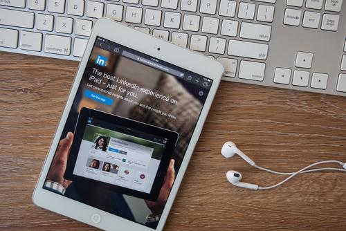 Recomendações do Linkedin: Avareza ou Prodigalidade?