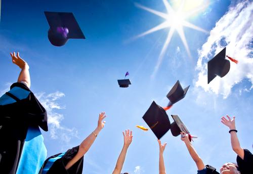 Você sabe o qual a diferença entre uma faculdade de 1ª, 2ª ou 3ª linha?