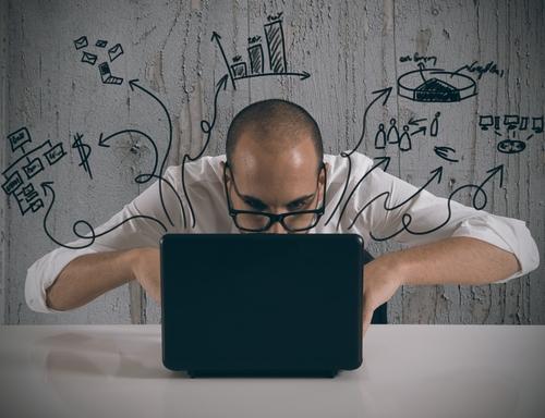 Quer trabalhar com internet? Veja quanto cada área ganha