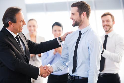 Recolocação profissional: não basta ter um bom currículo é necessário ter uma imagem vendedora