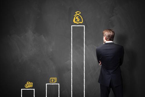 Como impressionar seu gestor e conquistar o salário que você deseja