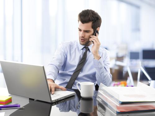 Reduzindo gastos com novas estratégias na telefonia corporativa