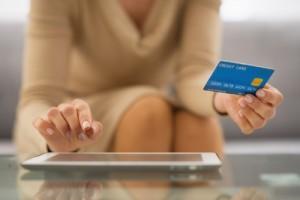 Figura - Cartão de débito: alternativa ao boleto bancário