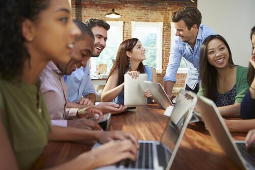 A combinação certa de tecnologia para construir um ambiente de trabalho colaborativo