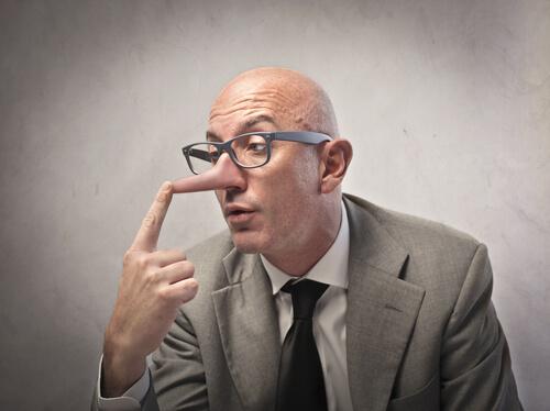 5 sinais para identificar um mentiroso