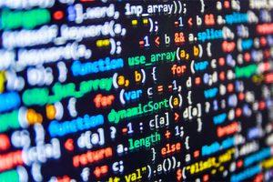 Figura - No Hackathon, público vê de perto negociação entre desenvolvedores e investidores