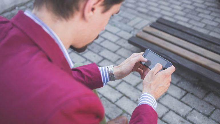Smartphones podem salvar adolescentes no uso de drogas?
