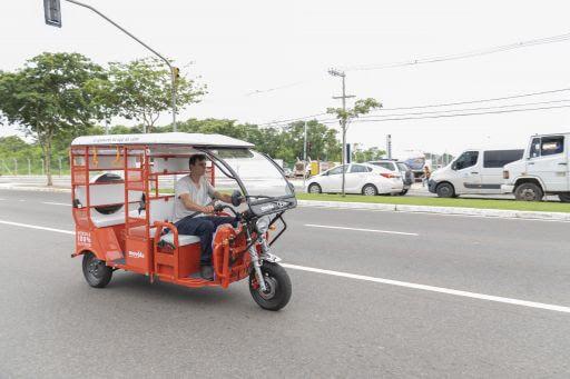 Uber e Movida lançam viagens de Tuk-Tuk em Vitória